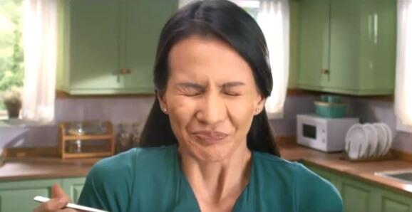 Mukhasim Mom